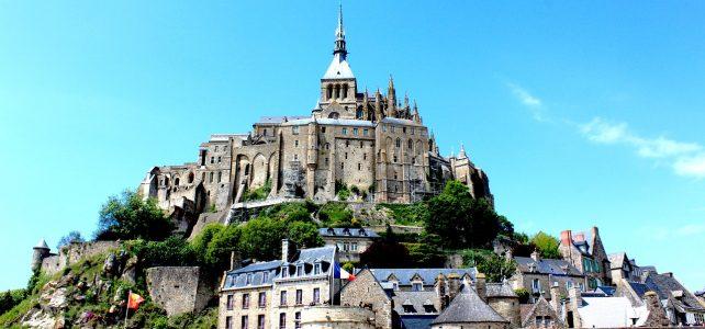 Découvrir le mont Saint Michel en Normandie.